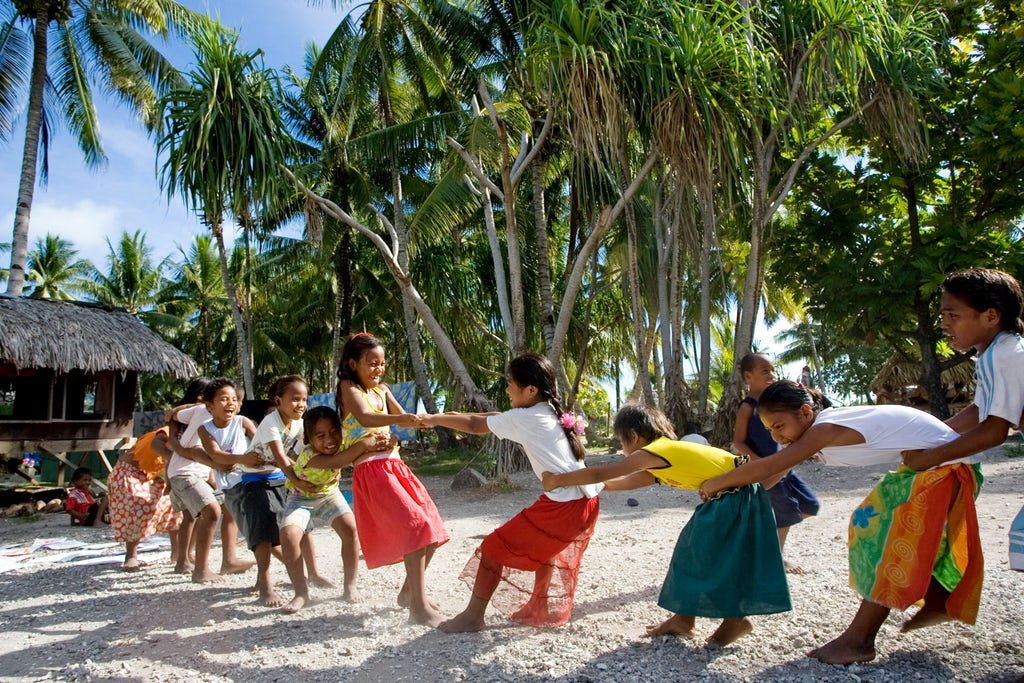 Baha'i children's class in South Tarawa, Kiribati