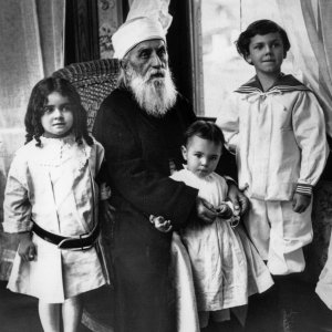 'Abdu'l-Baha with three children, 1912